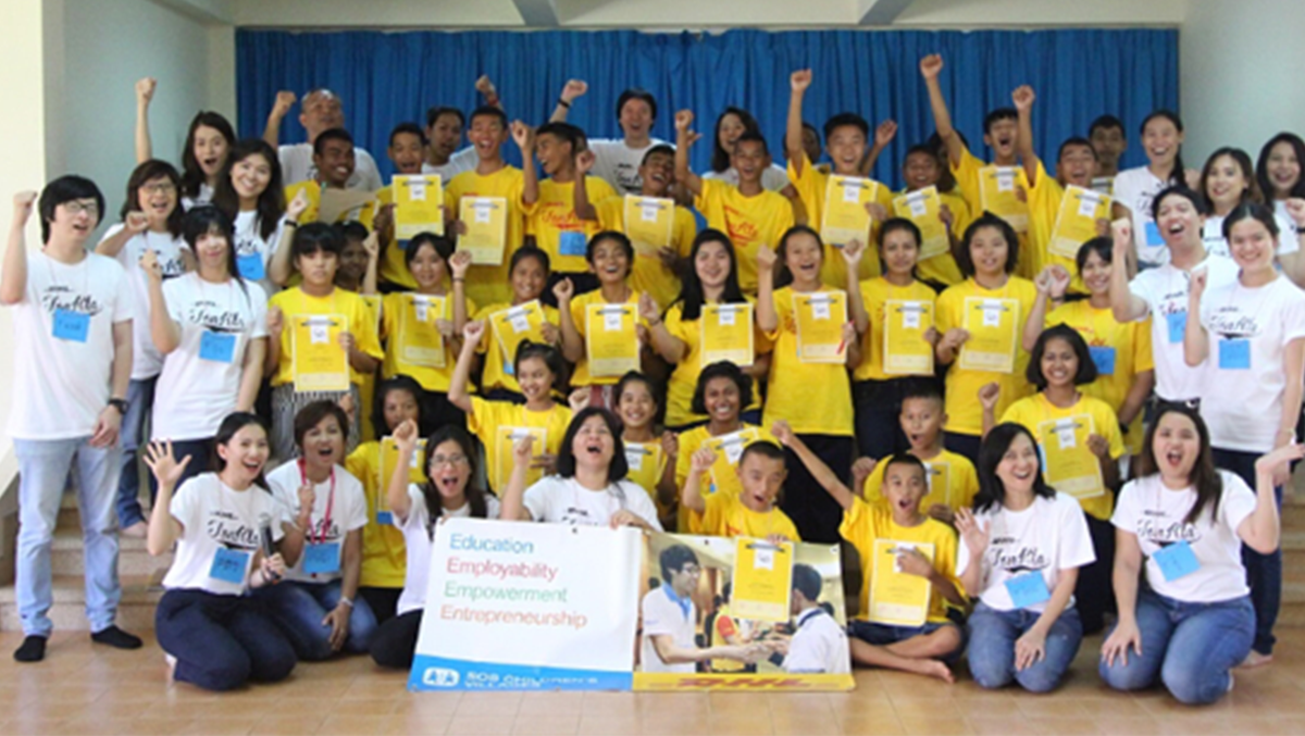 DHL and DITP extend support to communities and youth development with 'Ton Kla' projects in Nongkhai and Phuket